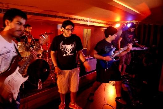 monarchy-gbob-2011-heat-4
